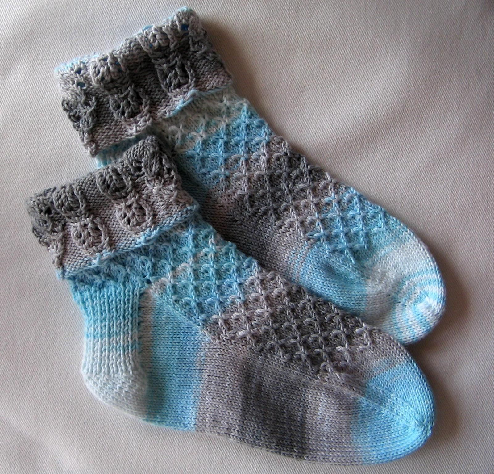 chaussettes tricot modele