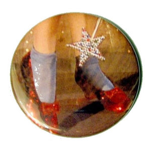 Red_Ruby_Slippers_Mirror