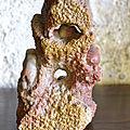 sculpture chinoise rocher au singe