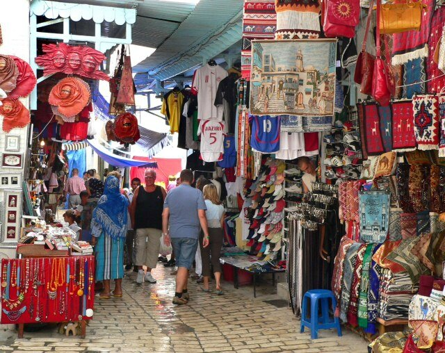 Souk_in_Tunisia_1