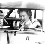 1952_hollywood_car_010_11_by_halsman_1