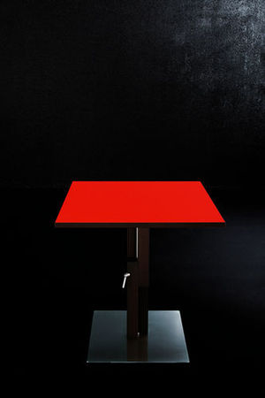 Table_Basse_Relevable_Sculptures_Jeux_Duetto