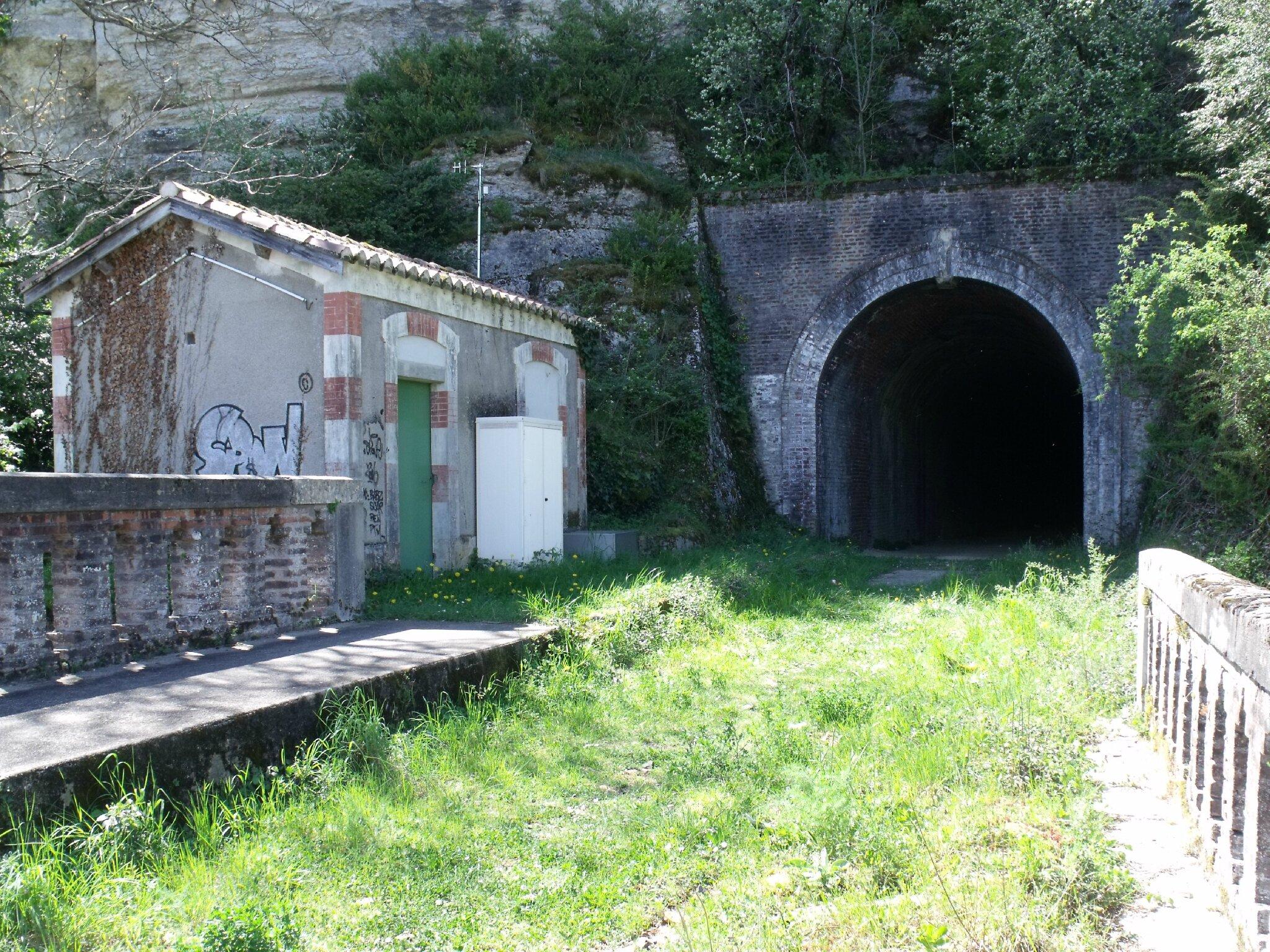 Pont-de-Luzech (Lot - 46) 1