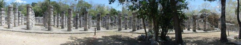 P4095280 - Plaza de las mil columnas (2)