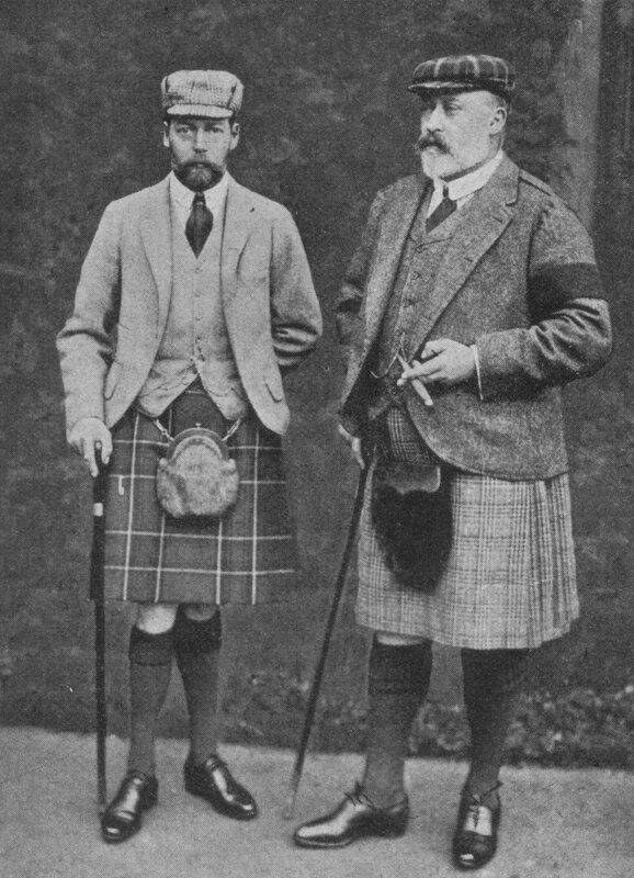 Edward_VII_and_Prince_George_1902[1]