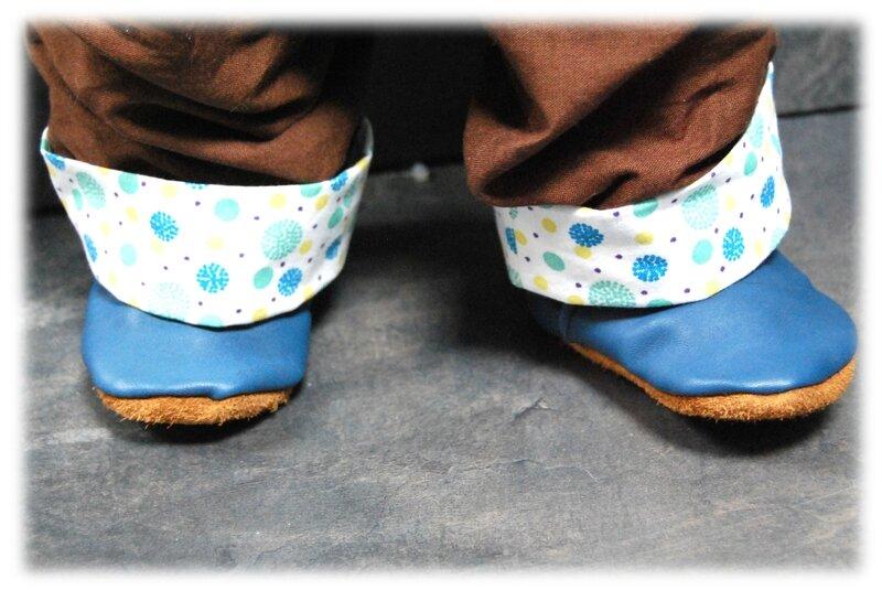chaussons cuir bleu03