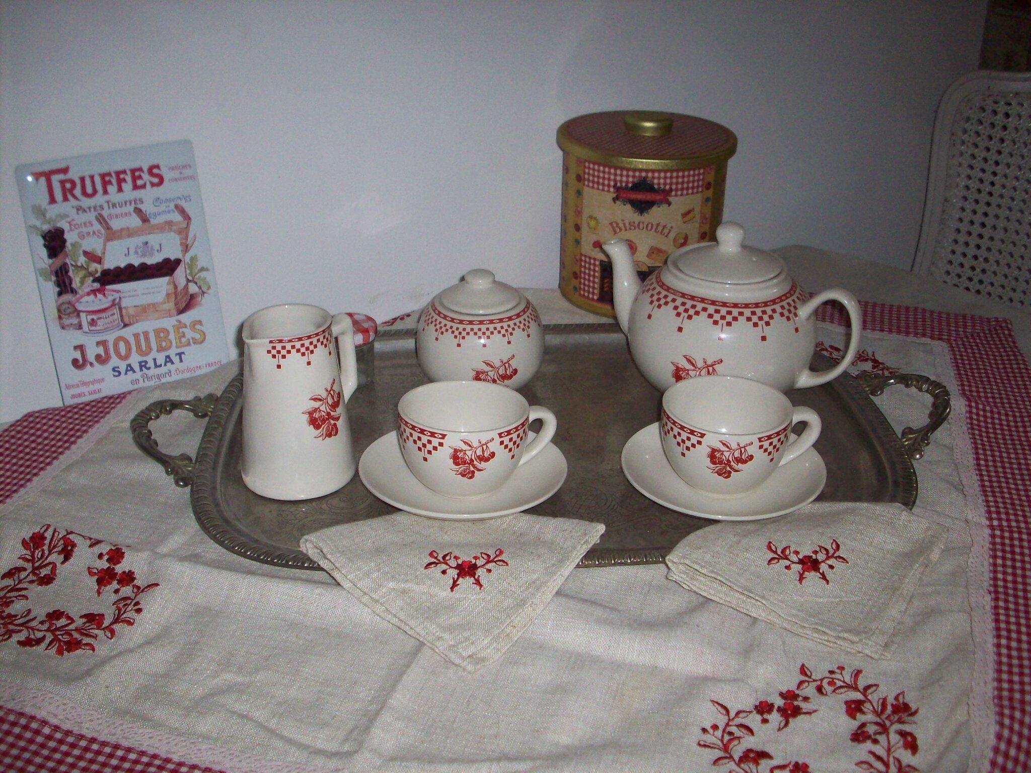 Campagne chic au boudoir d 39 antan - Vaisselle campagne chic ...