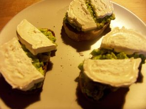 tartine_avocat_chevre