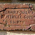 Renault à Bouteille Guithy