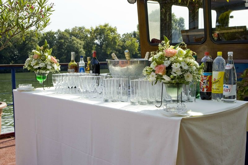 le vin d 39 honneur wedding 39 s by cristel. Black Bedroom Furniture Sets. Home Design Ideas