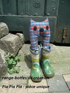 range-bottes chat création Pia Pia Pia