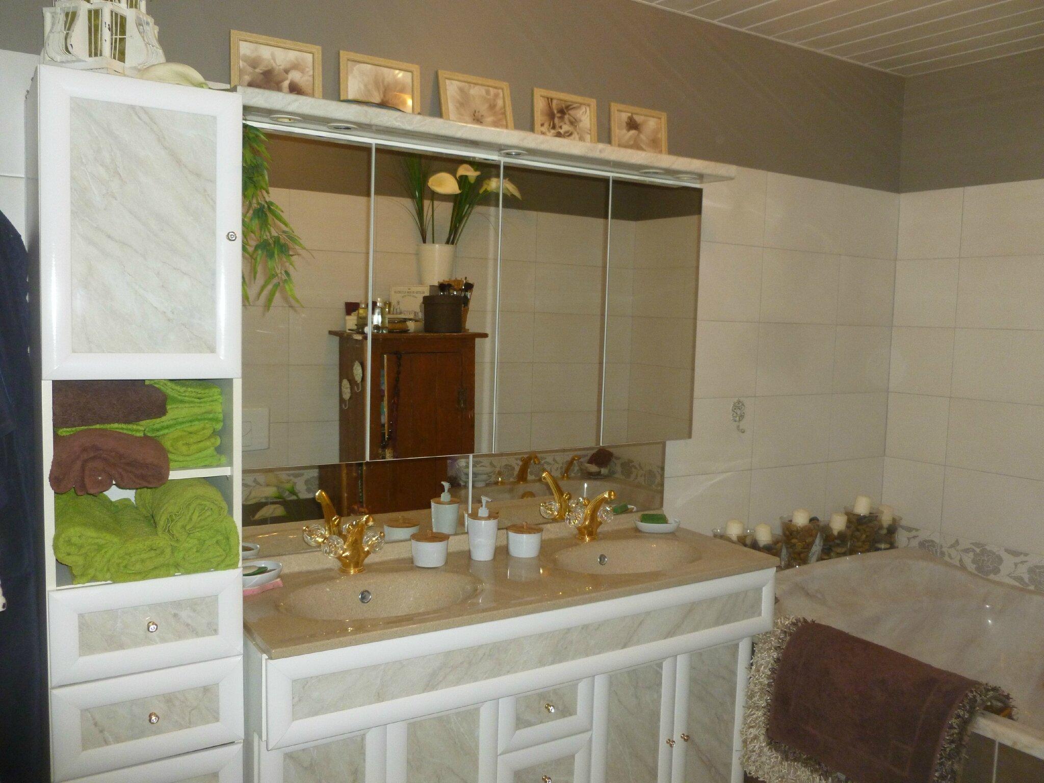 salle de bains rdc jacob delafon baignoire xxl maison livarot