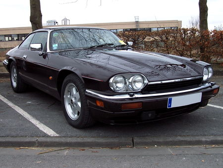 JAGUAR_XJS_V12_version_US__1_