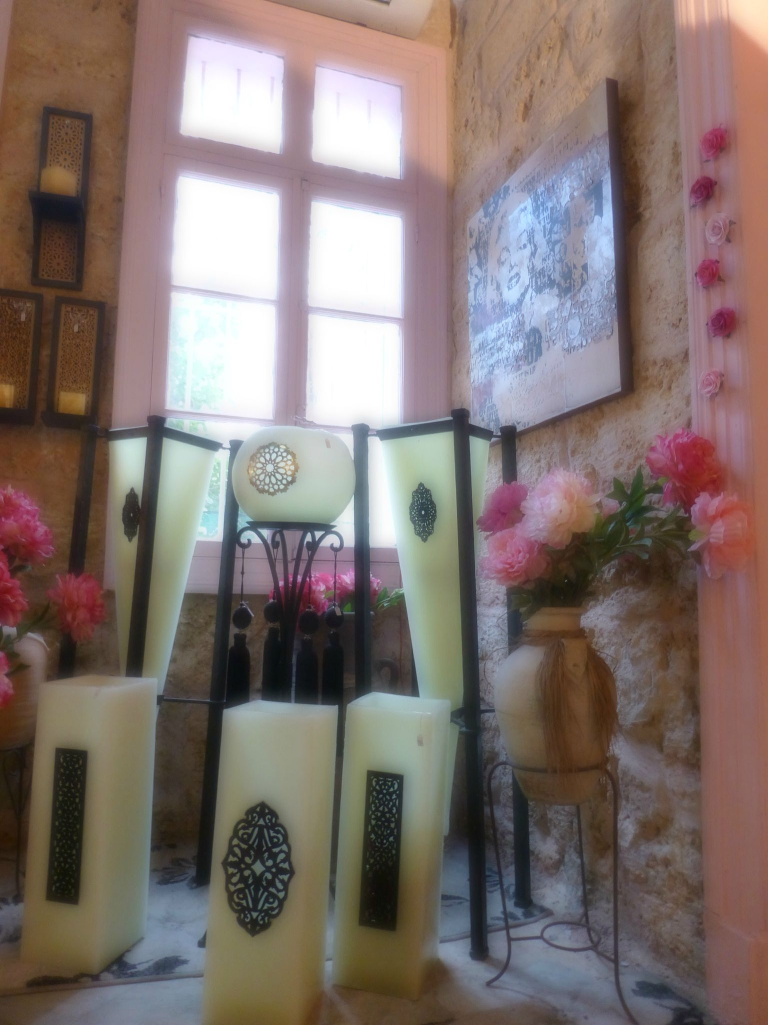 Over the rainbow lebanese designers 39 boutique for Ancienne maison libanaise