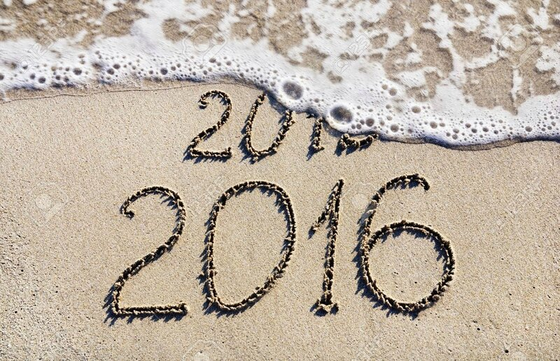 24917287-Happy-New-Year-2016-replace-2015-concept-on-the-sea-beach-Stock-Photo