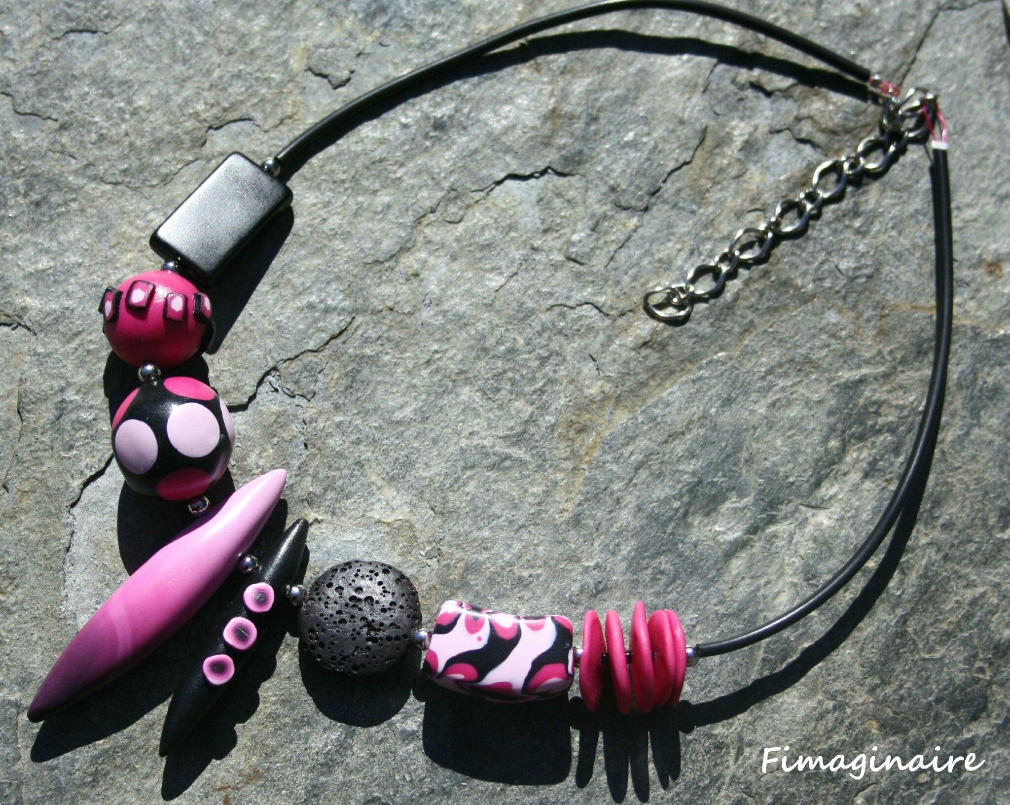 Collier pics rose et noir- 24$