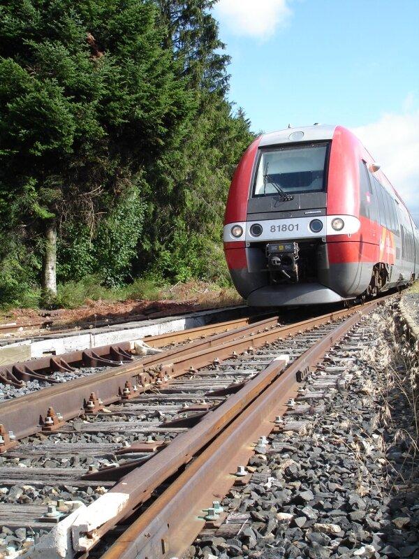 TER Languedoc Roussillon en gare de la Bastide