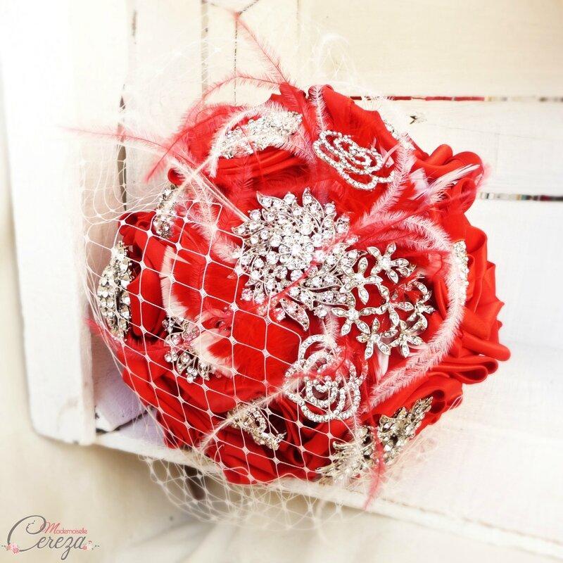 bouquet-bijoux-broches-mariage-chic-strass-original-melle-cereza-deco (12)