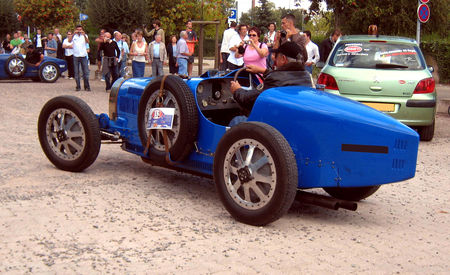 Bugatti_type_35B_GP_de_1926__Replica__02