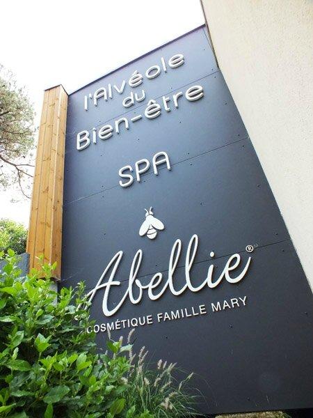 1 Alvéole du bien-être Spa Abellie Famille Mary