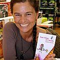 Portrait d'auteure : isabelle larouche