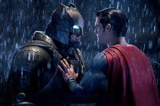 4889036_7_504f_ben-affleck-batman-et-henry-cavill-superman_ec029cf2d3fffe6d112b60590df5c0ff