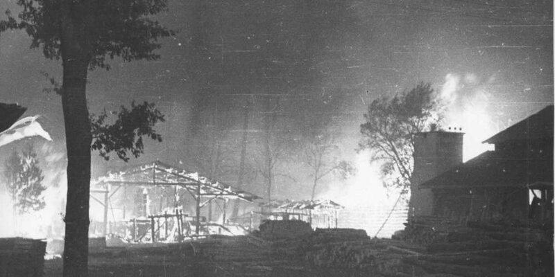 en-gironde-le-grand-incendie-de-1949-est-reste-dans-les-memoires-ici-le-feu-ravage-saucats-le-20-aout-1949