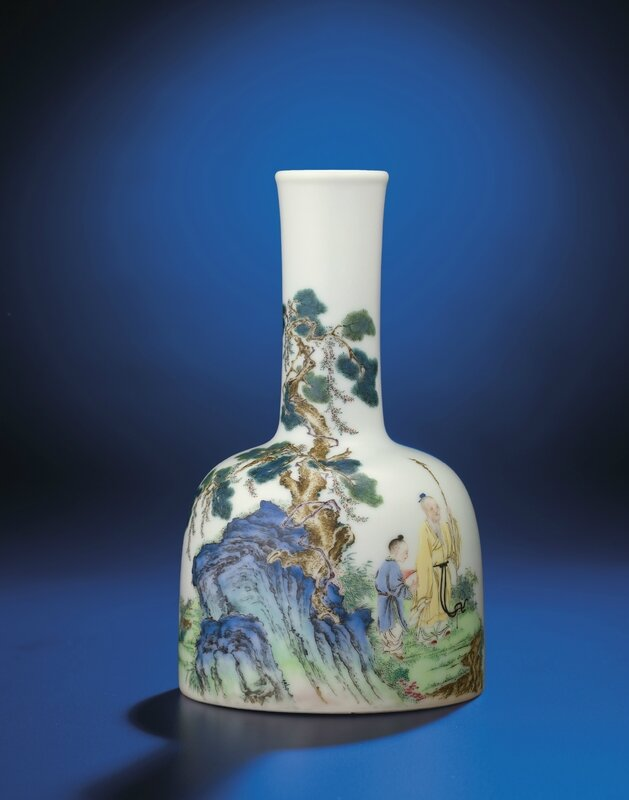 An important and very fine inscribed falangcai enamelled 'Lofty mountain' mallet-shaped vase, Yongzheng-Qianlong period (1723-1795)