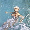 jayne_bikini_red-1958-05-cannes-by_philippe_le_tellier-01-1