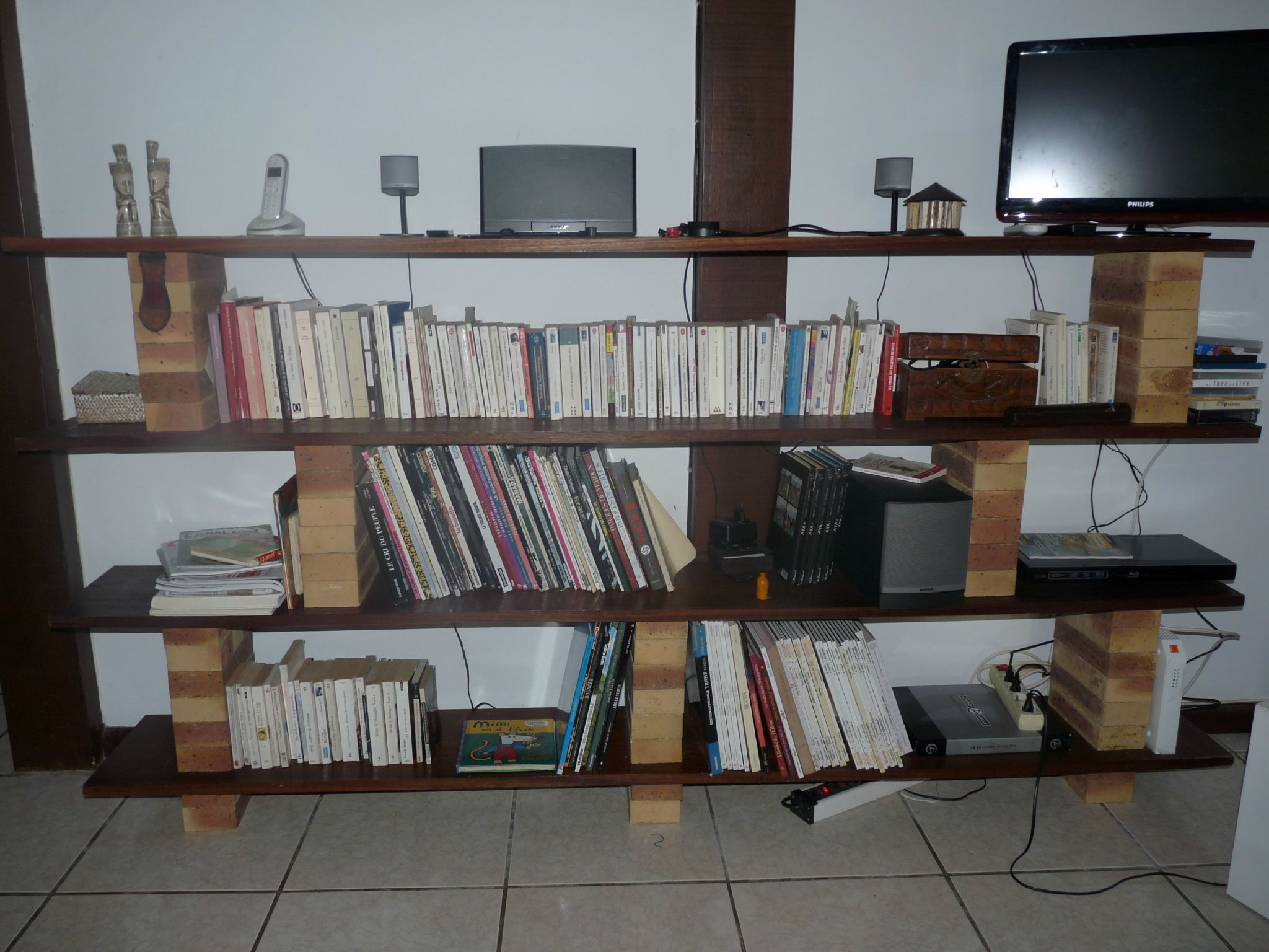 Etagere Brique - Meuble Brique Planche Inspiration Sur L Int Rieur Et Les Meubles[mjhdah]http://p0.storage.canalblog.com/06/26/1127328/87580903_o.jpg