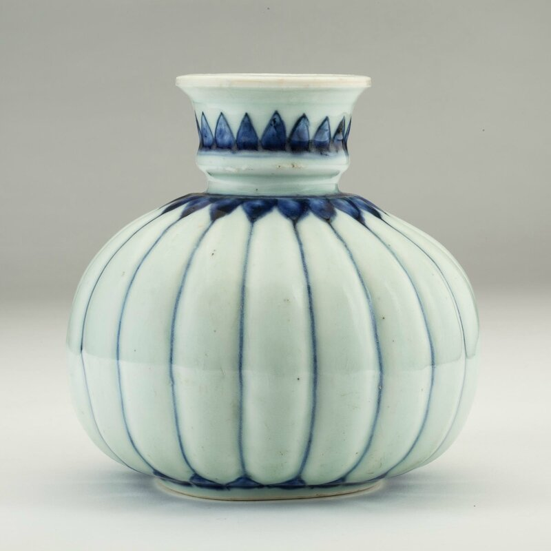 Blue and white porcelain huqqa base in melon form, Jingdezhen, Jiangxi province, China, 17th century