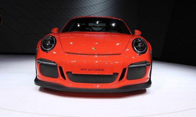 Porsche-911-GT3-RS-9-680x406
