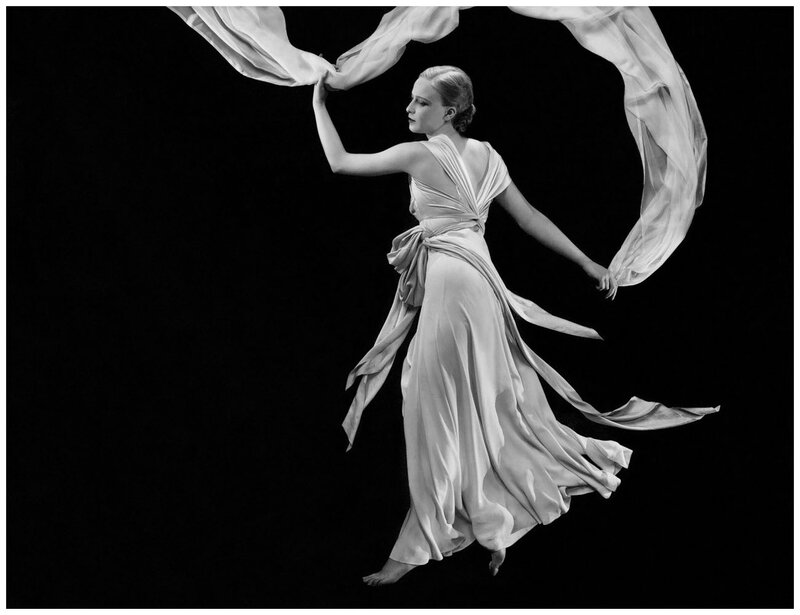 george-hoyningen-huene-a-grecian-inspired-shoot-photo-1931