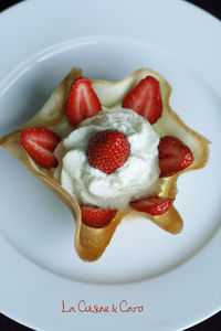 coupelle_chantilly_rhubarbe_fraise_b