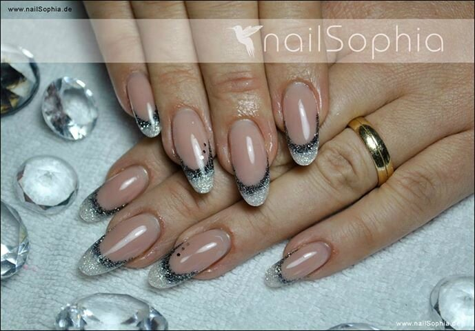 Ongles pour nous les girl 39 s - Forme des ongles ...