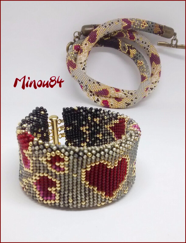 Bracelet coeurs1