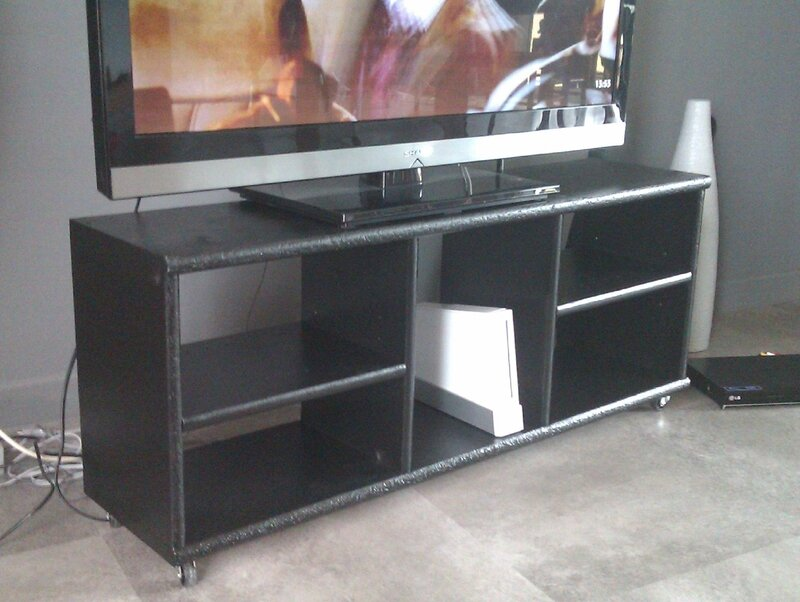 meuble tv recyclage et cie. Black Bedroom Furniture Sets. Home Design Ideas