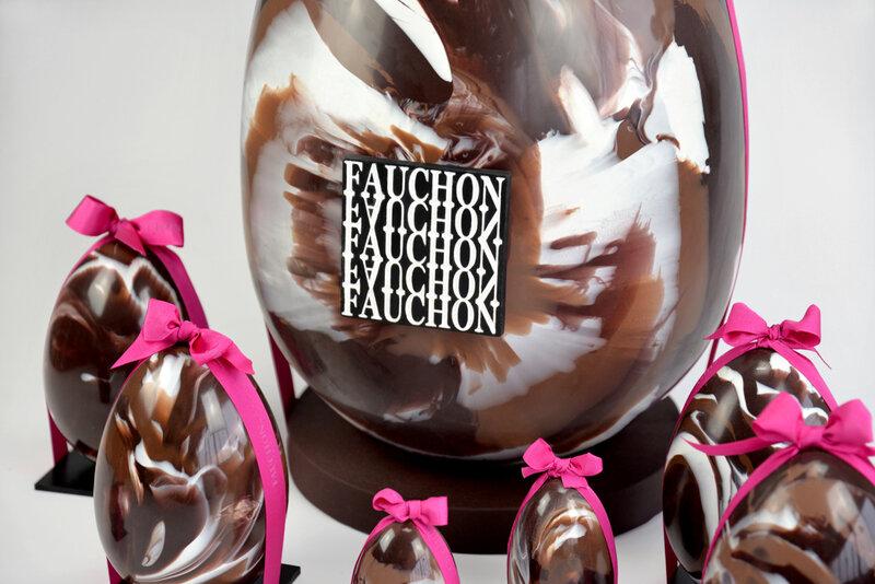 Faux oeuf en chocolat factice