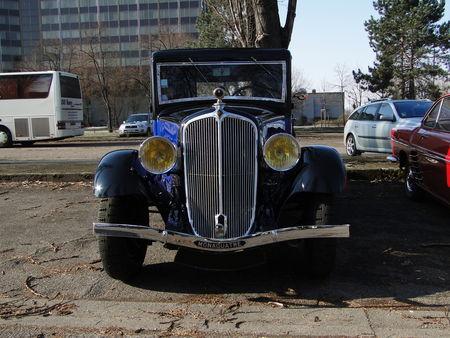 RENAULT Monaquatre YN2 1939 Retrorencard 1