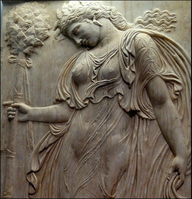 Ménade_relieve_romano_(Museo_del_Prado)_04b