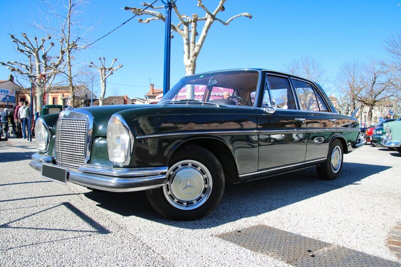 Mercedes 280SE