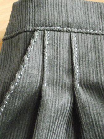 Pantalon Burda 9781 velours vert-gris 001