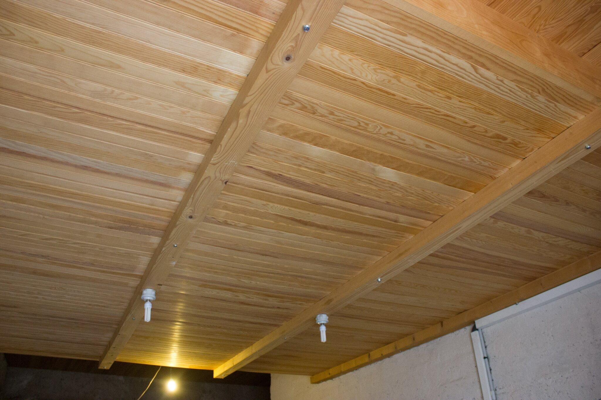isolation plafond garage isolant plafond garage construire un bureau de jardin cologique. Black Bedroom Furniture Sets. Home Design Ideas