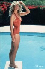 farrah_fawcett_by_bruce_mcboom-red_swimsuit-01-1