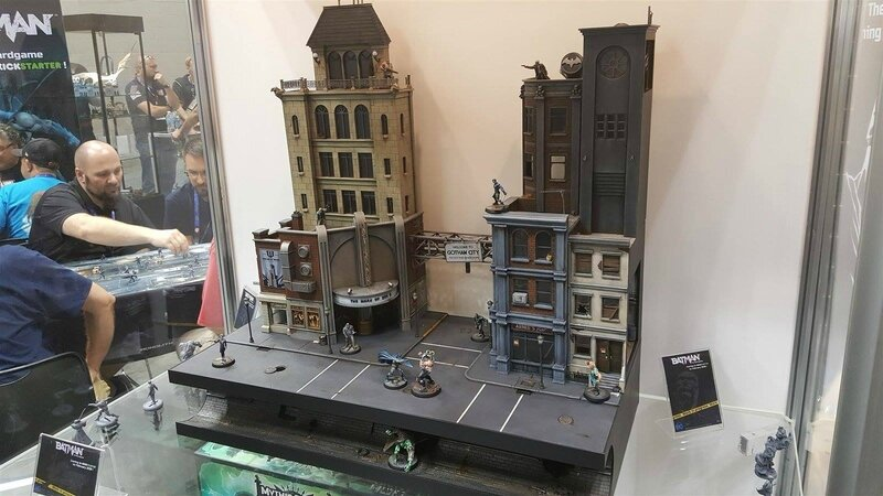 diorama gotham city monolith batman remi bostal (1)