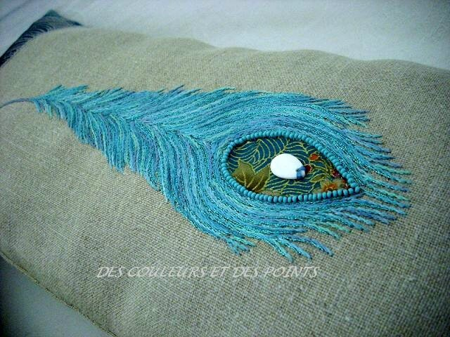 COUSSIN PLUME BRODERIE BIS 2