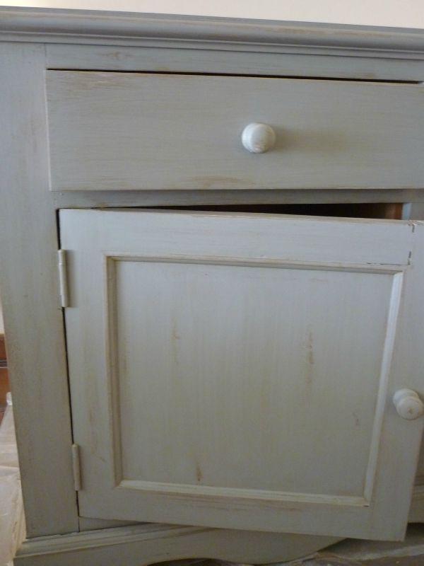 Buffet peint et patin carnet de couleurs for Cire pour meuble peint