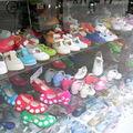 Chaussures d'enfants à Séville/Espagne