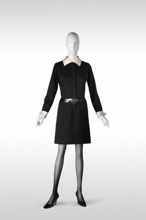 Yves_Saint_Laurent__Belle_de_Jour_dress