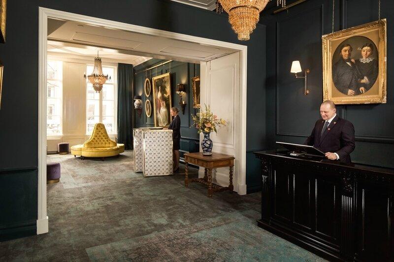 Lobby-Reception-Concierge
